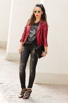 Ramones T-Shirt with Red Leather Bicker jacket