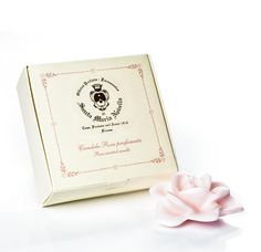 // Santa Maria Novella ROSE PETAL Candle
