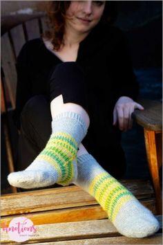 40 DIY Socks You Can Make Yourself Crochet Leg Warmers, Crochet Boot Cuffs, Crochet Boots, Knitting Socks, Non Slip Socks, Lace Socks, Crochet Sock Pattern Free, Knitting Patterns Free, Knitted Headband
