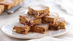 Macadamia and cranberry slice sent in by Dianne Douglass from Frenchs Forest, NSW. Healthy Cookie Recipes, Healthy Cookies, Apple Recipes, Cake Recipes, Cooking Recipes, Savory Bread Puddings, Valentines Food, Sugar Free Chocolate, Pinterest Recipes