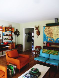 eclectic living room My Houzz: Eskridge Home This family of six lives stylishly and home schools in a 1200sq ft 3 bed 1 bath house