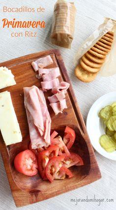 Bocadillos o Aperitivos fáciles de preparar. #ConMasSabor AD Galletas Ritz, Cheese, Snacks, Food, Home, Afternoon Snacks, Cooking, Kettlebell, Spring