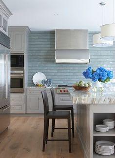 light, calming kitchen