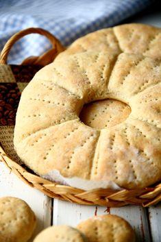 Kaurareikäleipä - Suklaapossu Salty Foods, Savoury Baking, Tasty, Yummy Food, Bun Recipe, Bread Board, Daily Bread, Deli, Bread Recipes