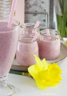 Koktajl owsiany z truskawkami, 6 Healthy Juice Recipes, Healthy Juices, Fruit Recipes, Wonderful Recipe, Diet Drinks, Fruit Smoothies, Kitchen Recipes, Junk Food, Hot Chocolate
