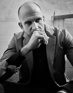New Interview! Gustaf Talks to Schön!by Katie Shuff Building a successful dynasty requires commitment, tenacity, and determination —qualities Gustaf. Skarsgard Family, Gustaf Skarsgard, Artist Management, Che Guevara, Interview, Actors, Fictional Characters, Instagram, Blood