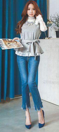 StyleOnme_Trendy Cutting Denim Pants #pants #cutting #hem #unique #bootscut #jeans #denim