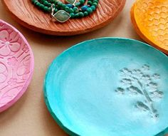 DIY Clay Dish (Perfect for Mother's Day!) #Home #Garden #Trusper #Tip