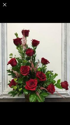 Table top artificial flower display vase cafe restaurant red Roses Valentine