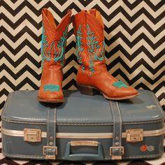 DIY Beaded Cowboy Boots by Stacie Stacie Stacie, via Flickr