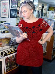 Starflower Tunic, designed by Alison Green in Berroco Weekend DK. Free crochet pattern from Berroco.