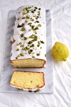Lemon Ricotta Cake, Pistachio Cake, Lemon Cakes, Frisk, Vanilla Cake, Cake Recipes, Sweet Tooth, Good Food, Food And Drink