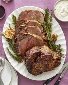For a classic holiday feast that would make the Whovians proud, here's your classic prime rib roast menu. Roast Menu, Roast Dinner, Dinner Menu, Dinner Ideas, Meal Ideas, Dinner Recipes, Prime Rib Steak, Cooking Prime Rib, Cooking Ribs
