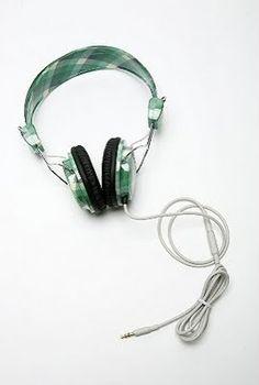 Digital Soul Experience - MartinCMusicBlog - WeSC Plaid BongoHeadphones