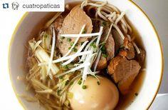Me gusta que mi chica disfrute con mis platos  #Repost @cuatropaticas  Ramen casero que me esperaba hoy  by @muchavida #ラメン #東京 #ramen #ramenlove #ramyun #컵라면 #homemade #tokyostyle #nibutachasyu #煮豚