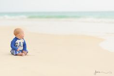LIfestyle photography infant baby photography 6 months baby beach photography