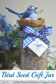 Cozy Place Called Home: Bird Seed Gift Jar - great garden party or club gift idea! Craft Gifts, Diy Gifts, Wrapping Gift, Wrapping Ideas, Mason Jar Gifts, Mason Jars, Gift Jars, Mason Jar Christmas Gifts, Cadeau Surprise
