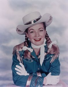 Publicity photograph of actress Gail Davis as Annie Oakley circa 1954