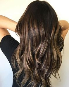 Balayage is suitable for light and dark hair, almost all lengths except very short haircuts. Today I want to show you the most popular Brunette Balayage Hair Color Ideas. Balayage has become the biggest trend in recent seasons, and it's not over yet. Fall Hair Color For Brunettes, Brown Hair Colors, Hair Styles For Brunettes, Hair Color For Asian, Highlighted Hair For Brunettes, Dark Highlighted Hair, Hair Color Ideas For Dark Hair, Rich Hair Color, Golden Brown Hair Color