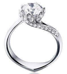 White Gold and #diamonds #engagementring #sparkle