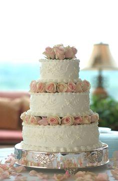 Martha Stewart Wedding Cakes | my favorite wedding cake off all time (pg. 249 Martha Stewart Weddings ...