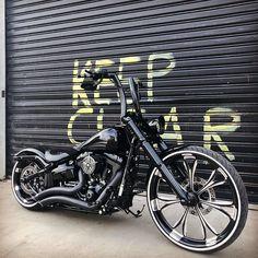 Custom Street Bikes, Custom Bikes, Harley Bikes, Harley Davidson Motorcycles, Victory Motorcycles, Harley Davison, Custom Harleys, Easy Rider, Riding Gear