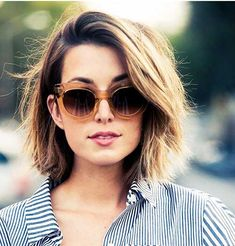 25 Best Hairstyles for Short Medium Hair | http://www.short-haircut.com/25-best-hairstyles-for-short-medium-hair.html