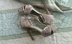 "Jessica Simpson Women 5"" heels US 8.5 Snakeskin"