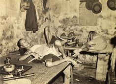 An opium den in Calcutta in c. The city became one of the major producers and exporters of opium from India in the century. [[MORE]] Great gallery: Opium Dens: The Crack Houses Of The. Antique Photos, Vintage Photographs, Vintage Photos, Photos Du, Old Photos, Baba Vanga, India West, Opium Den, Indochine