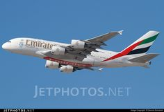 Photo of A6-EDM Airbus A380-861 by Dennis Schramm