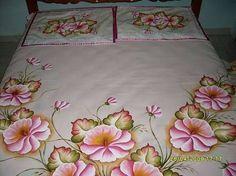 Resultado de imagen para colchas pintadas em tecido