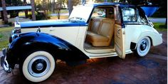 This 1954 Rolls-Royce Silver Dawn RHD is an excellent original driver quality car. Two-tone tan over black with tan interior. Beautiful leather and woodwork. A very clean example with superb door gaps and a very straight body. Not to be missed for only $42,500   #gullwingmotorcars #classiccars #buy&sellclassiccars #VintageCarBuyer #ClassicCar  #antiqueCarBuyer #1954Rolls-RoyceSilverDawnRHD  #Rolls-RoyceSilverDawnRHD #SilverDawnRHD #Rolls-Royce