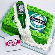 Happy 17th Birthday, 33rd Birthday, Birthday For Him, Birthday Cake, Simple Cake Designs, Bottle Cake, Drip Cakes, Birthday Party Decorations, Cake Decorating