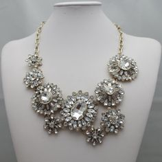 Top selling New design Women clear flower crystal bib statement necklace hot ,Luxury Necklace Jewelry For Women A088 $12.99