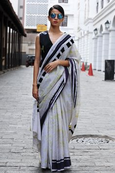 Air Ceylon batik saree - Immediate Shipping - Order Now