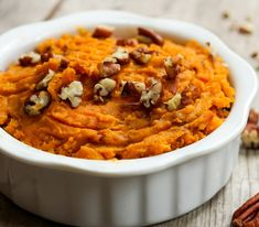 Brown Sugar and Cinnamon Mashed Sweet Potatoes A delicious mashed sweet potato recipe great for the holidays or anytime. – Brown Sugar and Cinnamon Mashed Sweet Potatoes Making Sweet Potato Fries, Sweet Potato Pecan, Sweet Potato Casserole, Sweet Potato Mash, Mash Sweet Potato Recipes, Whipped Sweet Potatoes, Mashed Sweet Potatoes, Brown Sugar Sweet Potatoes, Thanksgiving