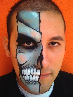 Halloween make up heer Guys Halloween Makeup, Happy Halloween, Halloween Kostüm, Makeup Fx, Male Makeup, Skull Makeup, Makeup Ideas, Cosplay Makeup, Skull Face Paint