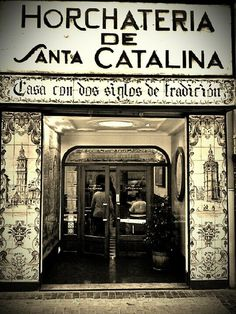 One of the oldest Horchaterias de Valencia -- CapturedMoment htc (from @bonusmile on Streamzoo)