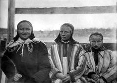 Portrett av tre kvinner. Karasjok.