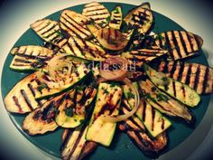 Grilled vegetables, in this case zucchini - Perime zgare Albanian Cuisine, Albanian Food, Albanian Recipes, Grilled Vegetables, Veggies, Mediterranean Recipes, Veggie Recipes, Delicious Food, Summer Time