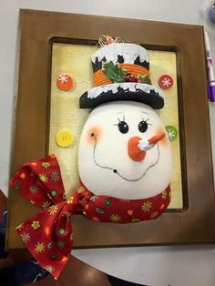 ideas diy christmas canvas snowman for 2019 Diy Candle Holders, Diy Candles, Snowman Crafts, Ornament Crafts, Christmas Snowman, Christmas Crafts, Christmas Ornaments, Snowflakes For Kids, Diy Crafts For Boyfriend