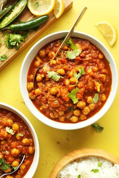 30 minute, 1-pot chana masala with green chili, cilantro, and garam masala. Flavorful, not too spicy, and extremely satisfying. A healthy, plant-based meal.