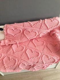 (Angels handmade with love) Bobble heart blanket + vertaald patroon ! (Angels handmade with love) Bobble Stitch Crochet, Knit Or Crochet, Crochet Baby, Crochet Granny, Easy Crochet, Crochet Blocks, Crochet Squares, Crochet Patterns, Crochet Heart Blanket