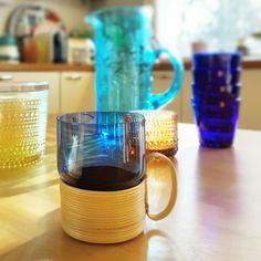 Saara Hopea stacking glass in a rattan holder. Rare. Nuutajärvi - Pinottava - Juice  #saarahopea #nuutajärvi #nuutajarvi #iittala