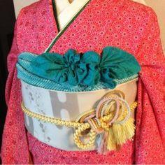 リボン風 Yukata Kimono, Pattern Design, Geek Stuff, Japanese, Masquerade, Asia, How To Wear, Accessories, Clothes