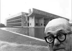 "Architectural ""selfies"" Le Corbusier at Place Assembly Baroque Architecture, Modern Architecture, Le Corbusier, Zaha Hadid, Chandigarh, Selfies, Rare Images, Concrete Structure, Famous Architects"