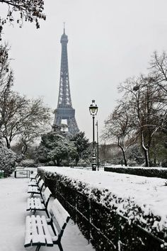 #Paris nevado. http://www.viajaraparis.com/ #viajar