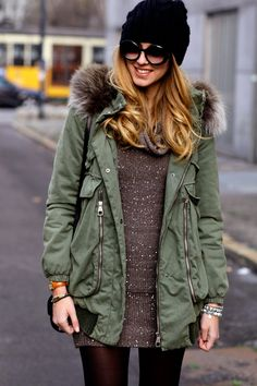 This is such a cute outfit, I would wear it fashion blogger Chiara  Ferragni #streetstyle #fashion