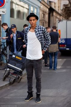 Male models street style . - Develop the sexual presence of a model! Click the pic.