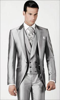 New Arrival One On Silver Groom Tuxedos Groomsmen Mens Wedding Suits Prom Bridegroom Jacket